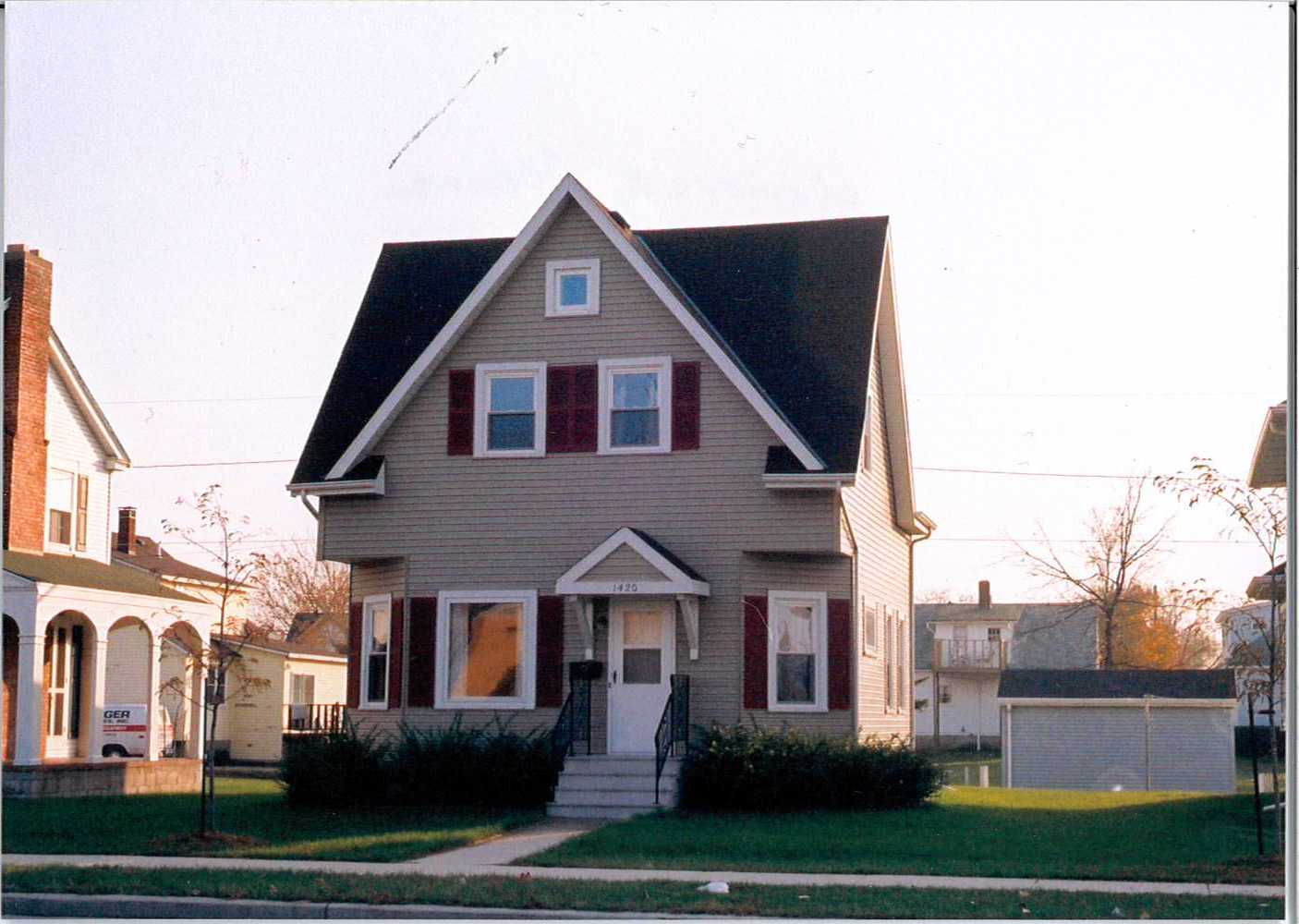 The residential house located at 1420 University Avenue.